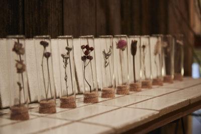 お花のバイキング形式でオリジナルリースづくり  -八花堂-